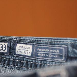 Miss Me Jeans - SOLDMiss Me Fleur De Lis  Mid Rise Easy Boot sz 33
